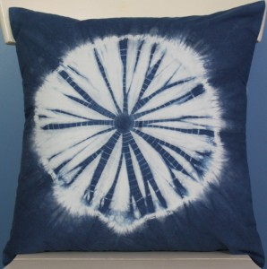 Nui Shibori Pillow top