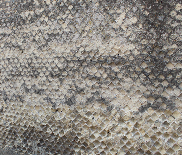 honeycomb wall in roma, italia